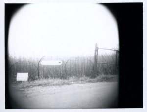 fence-with-sign003